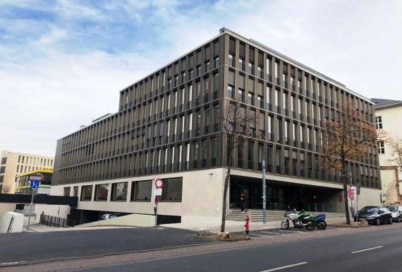 Neubau S1D-Verfügungsgebäude der TU Darmstadt mit Cafe und Diskothek